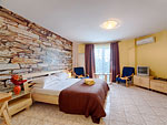AP8 Hotel in Bucharest | Kogalniceanu Square, near Venezia Hotel Bucharest | Book now this accommodation unit!